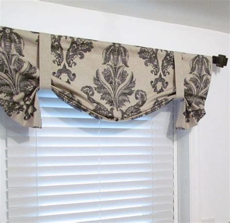 25 best ideas about valances for living room on