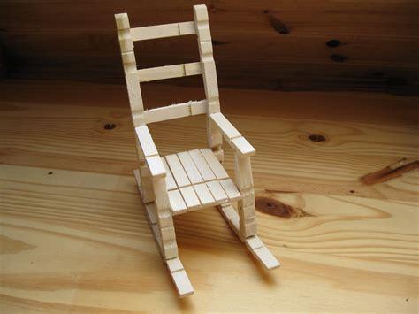 chaise 224 bascule en bois en 233 pingles a linge accessoires