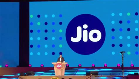 shah rukh khan launches reliance jio s 4g services company s employees get free subscription