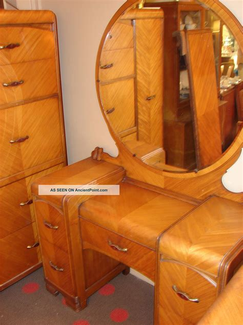 1950s bedroom furniture 1930s waterfall bedroom suite 5 pieces 1900 1950 photo 10009 | f021529292ff392c2e37fa6d00bdb2af