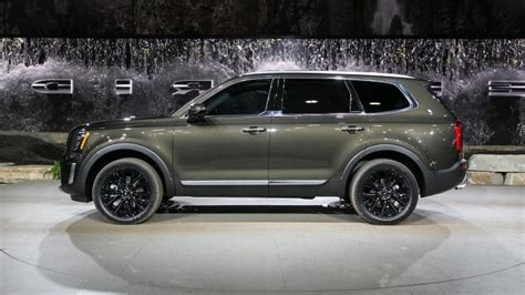 2020 Kia Telluride Lx by Reviews The 2020 Kia Telluride Gets Up To 20 26 Mpg