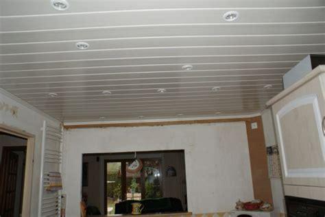 lambris pvc plafond cuisine lambris pvc plafond pas cher