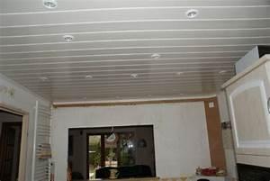 lambris pvc plafond pas cher With lambris pvc plafond cuisine