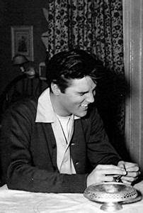 1000+ images about Elvis Presley on Pinterest | Graceland ...
