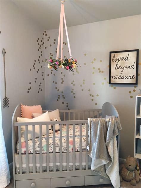 Kinderzimmer Ideen Kleinkind by Nursery Trend Floral Wreath Mobiles Floral Wreath And