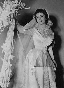 elizabeth taylor most beautiful worst dressed woman in With elizabeth taylor wedding dresses