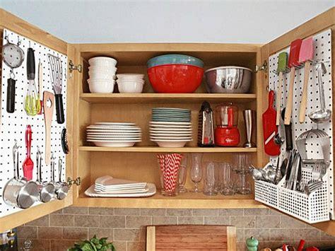 organized kitchen ideas ideas for organizing a small kitchen