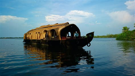 Kerala Tourism Alleppey Boat House by Cruise Through Kerala In A Houseboat Kerala Tourism