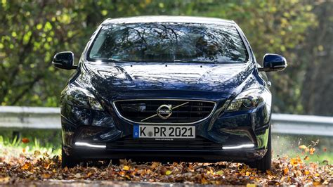 Volvo V40 Cross Country 4k Wallpapers by Volvo V40 Wallpaper Hd Photos Wallpapers And Other Images