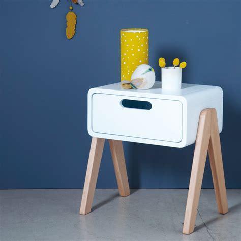 table de chevet petit robot pieds bois naturel blanc laurette
