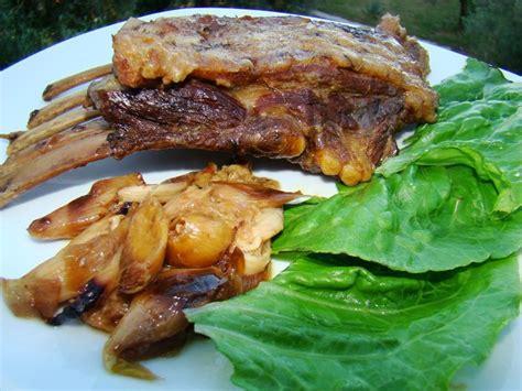 cuisiner des cotes de sanglier plat de côtes de bête rousse sanglier en pommade à l 39 aïl