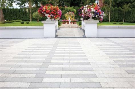 White Paving Stones by Paving Supplier Gardens Supplier Roadstone