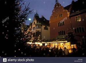 Markt De Freiburg Breisgau : freiburg christmas market stockfotos freiburg christmas market bilder alamy ~ Orissabook.com Haus und Dekorationen