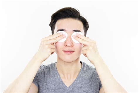 sabun muka yang cocok untuk kulit berminyak dan berkomedo perawatan wajah pria korea prelo review dan tips