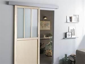 porte coulissante porte interieur verriere escalier With monter une porte coulissante