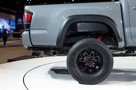 toyota tacoma trd pro   review