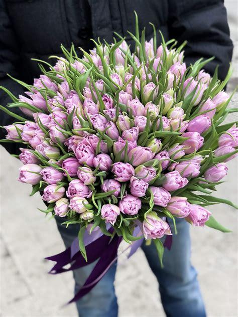 Peoniju tulpes stilīga FunFlowers iepakojumā (foto 101 gb)