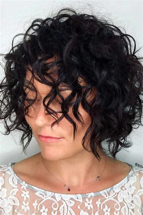 10 trendy curly hairstyles and helpful tips for