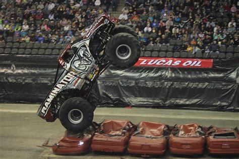 chicago monster truck show world s fastest monster truck raminator 4waam