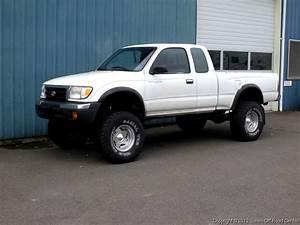 Toyota Tacoma 6 U0026quot  Fabtech Lift