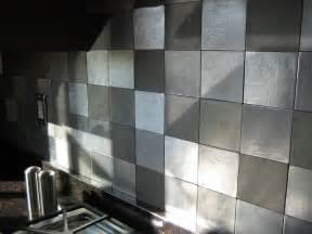 metal kitchen backsplash houten keuken creative kitchen backsplash ideas