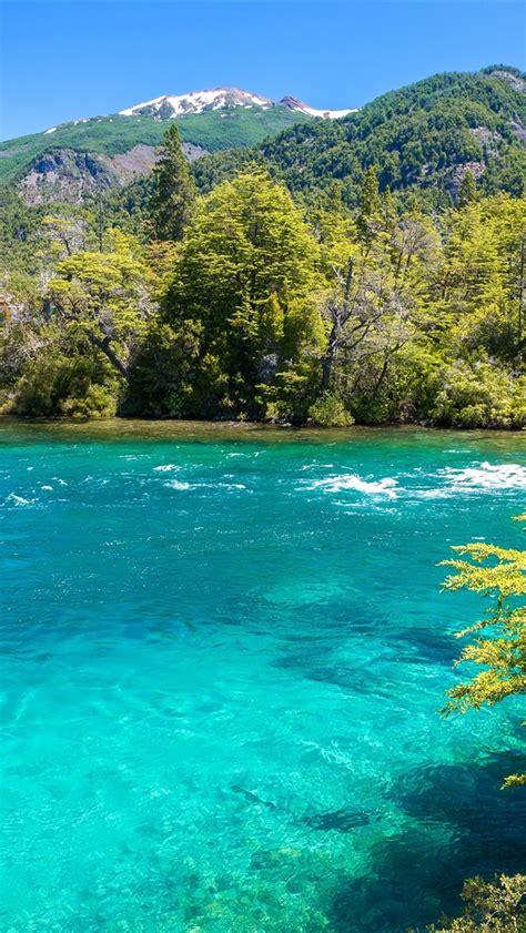 conguillio nationalpark chile berge baeume fluss