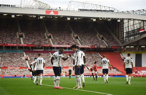 Page 2 - Manchester United 1-6 Tottenham Hotspur: Player ...