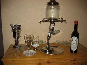 Fontaine A Alcool : l 39 absinthe toute la franche comt sur internet ~ Teatrodelosmanantiales.com Idées de Décoration