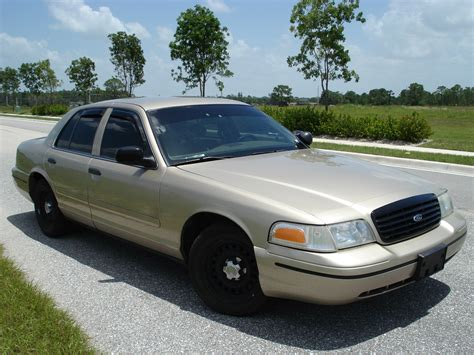 1999 FORD CROWN VICTORIA - Image #9