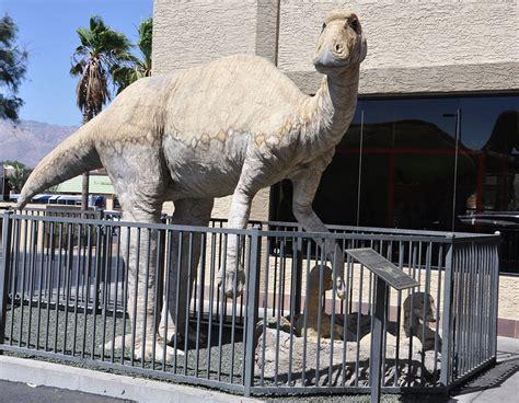 arizona dinosaur statues roadsidearchitecturecom
