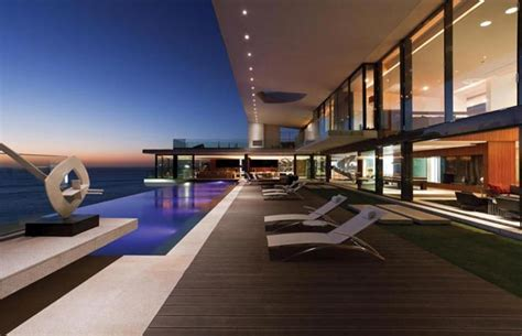 Cliff House In Senegal By Saota