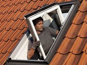 Velux Fenster Aushängen : dachsanierungen hauer holztechnik aus langenlois ~ Frokenaadalensverden.com Haus und Dekorationen