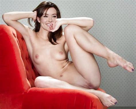 Megan Boone Fakes 20 Pics