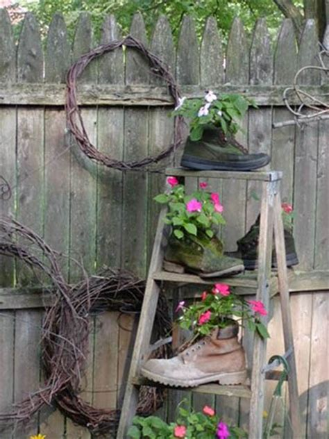Decorating Ideas With Old Ladders by Old Wooden Ladder Decorating Ideas