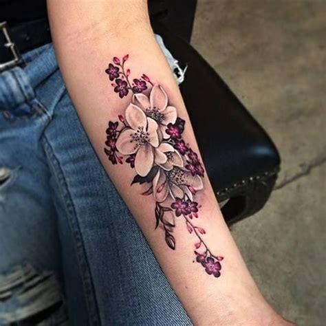 100 Herrliche Blumen Tattoo Entwürfe Für Ihre Eigene