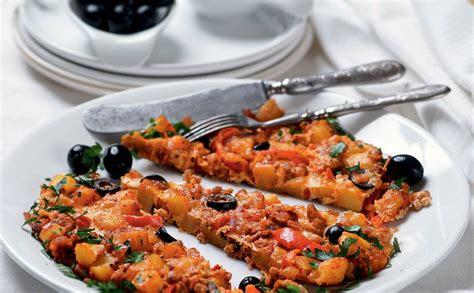 Kartupeļu plācenis ar malto gaļu un olīvām — Santa