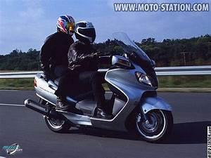 Essai Burgman 400 : suzuki an 650 burgman la rolls des scooters scooter station ~ Medecine-chirurgie-esthetiques.com Avis de Voitures