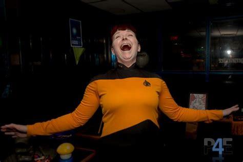 female data  star trek cosplay sci fi design