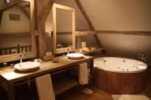 photos d 233 co id 233 es d 233 coration de salle de bains en bois