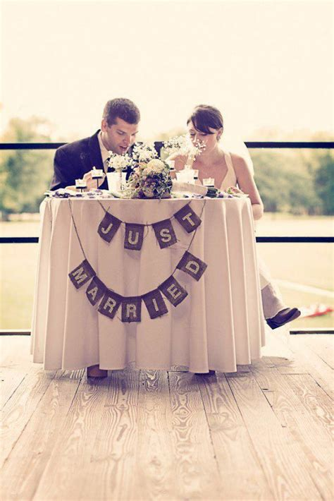 20 Gorgeous Sweetheart Tables Rustic Chic Decor