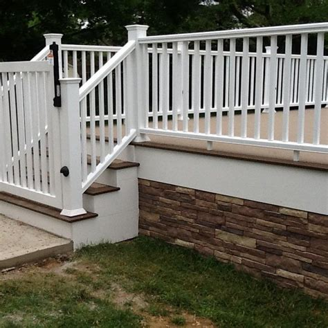 Deck Skirting Ideas by 17 Ideas About Deck Skirting On Deck Front