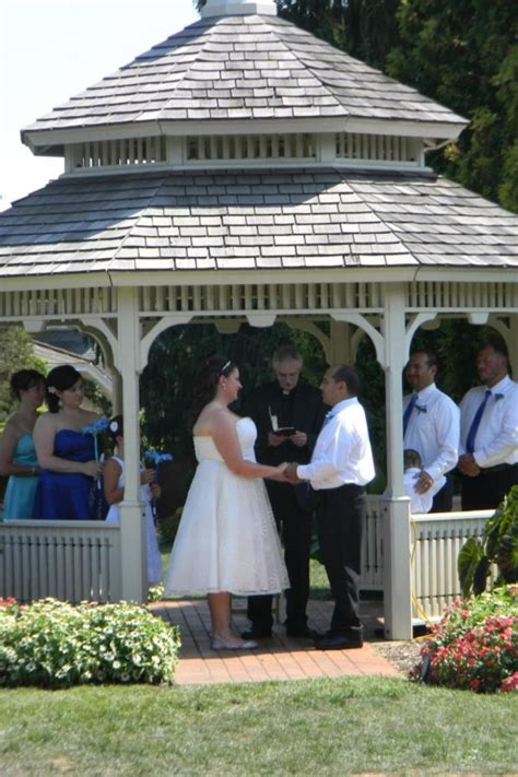hidden lake gardens weddings  prices  wedding