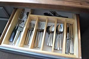 $10 to Organized: DIY Silverware Drawer Organizer • Ugly