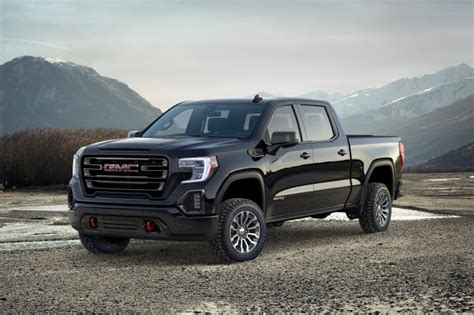 gmc sierra  delivers  road refinement