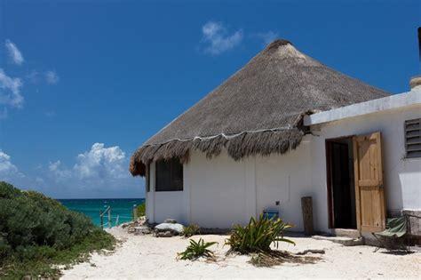 12 Simple Mexican Beach House Ideas Photo