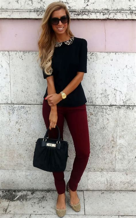 What to Wear With Maroon Pants - The Best Way to Wear Maroon Pants