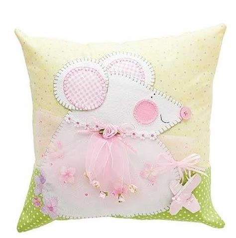 Decorative Pillow Ideas by 10 Creative Fabric Appliques Transforming Plain Decorative
