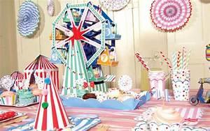 Deko Für Kindergeburtstag : einladungskarten zirkus party ~ Frokenaadalensverden.com Haus und Dekorationen