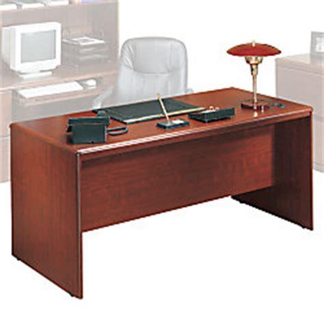 Sauder Heritage Hill 65 Executive Desk by Sauder Cornerstone Executive Pedestal Desk 29 12 H