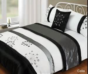 Bed Cover Sets by 5 Piece Bed In A Bag Bedding Duvet Quilt Cover Set Double